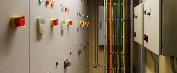 instalaciones eléctricas industriales y negocios